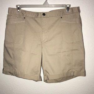 Counterparts woman khaki tab shorts Sz 16